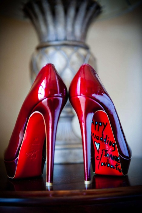 sign-soles-wedding-shoes-christian-louboutin