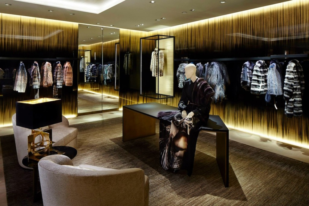 Fendi_Paris_-Flagship_store_2