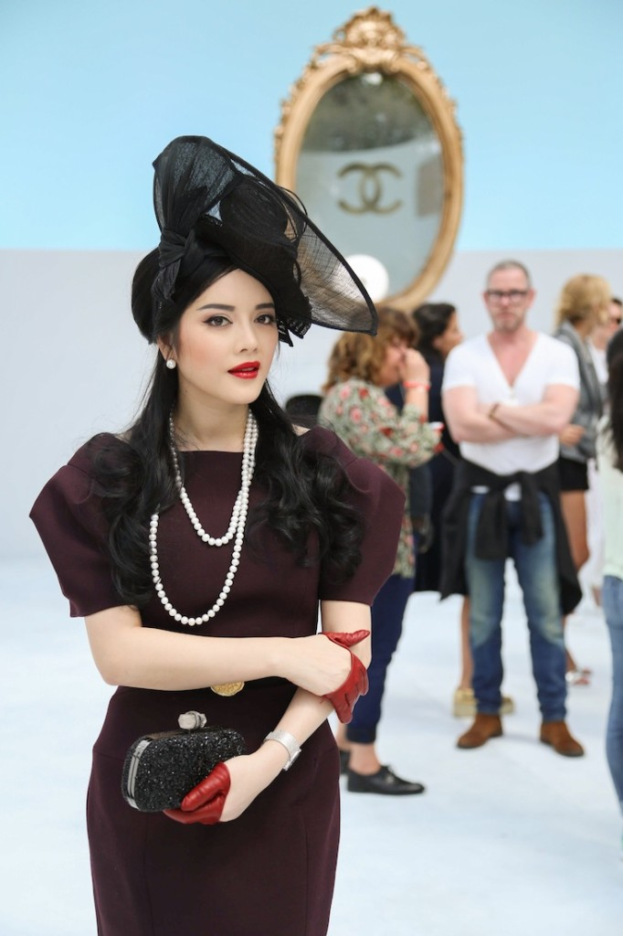 ly-nha-ky-chanel-fall-couture-2014-8
