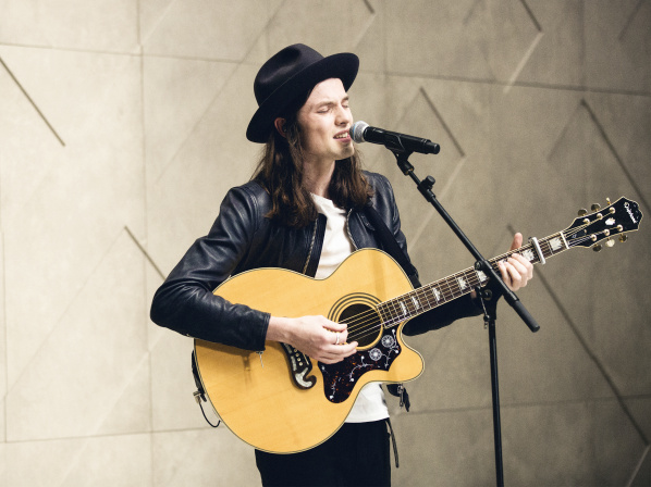 James Bay performing live at the Burberry Prorsum Womenswear Spring Summer 2015 Show