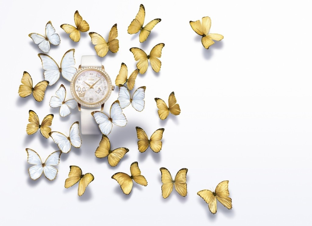 OMEGA_De_Ville_Butterfly_425.57.37.20.55_002_white_and_gold