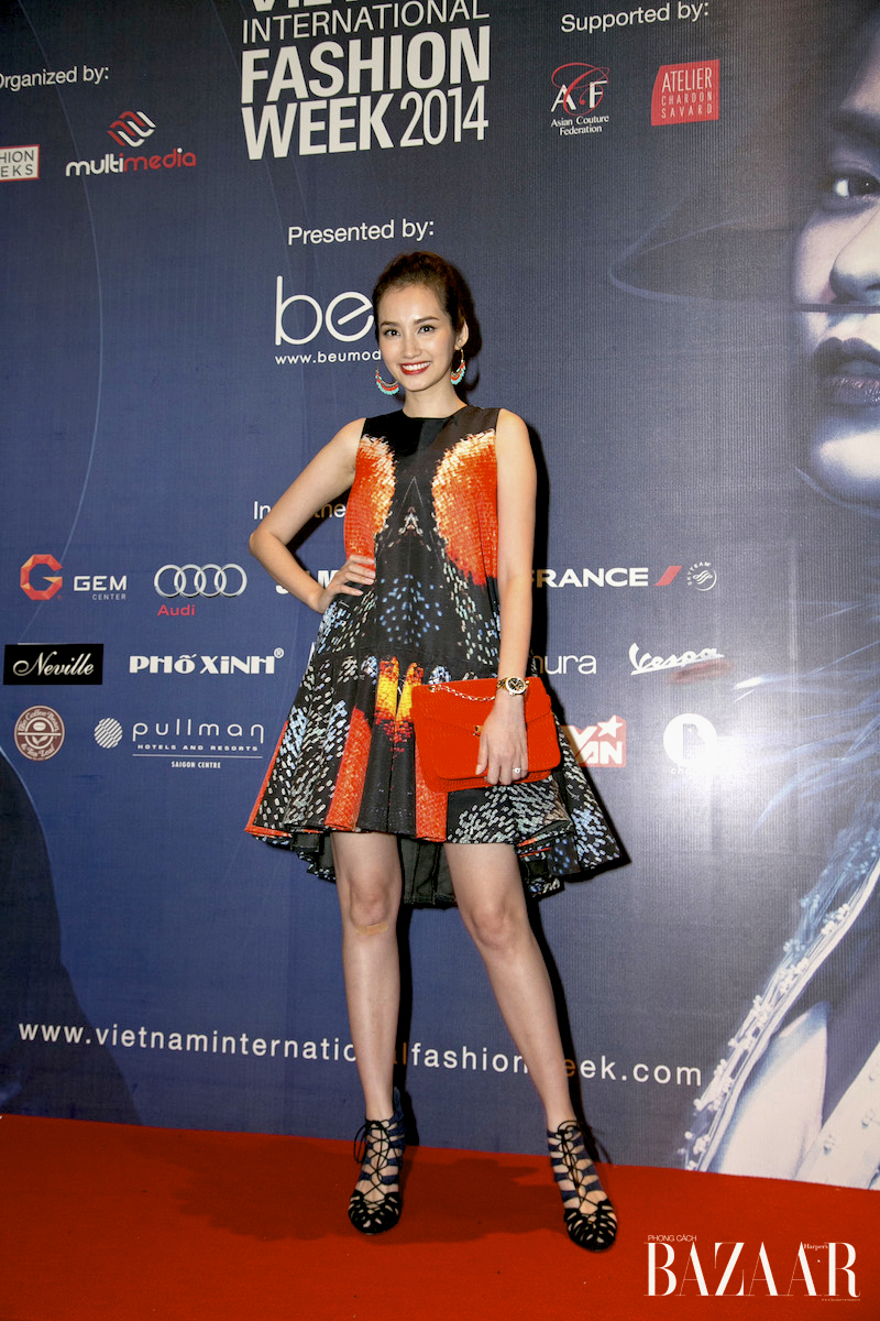 STU_011214_BZ_Fashion W049_AnhDung