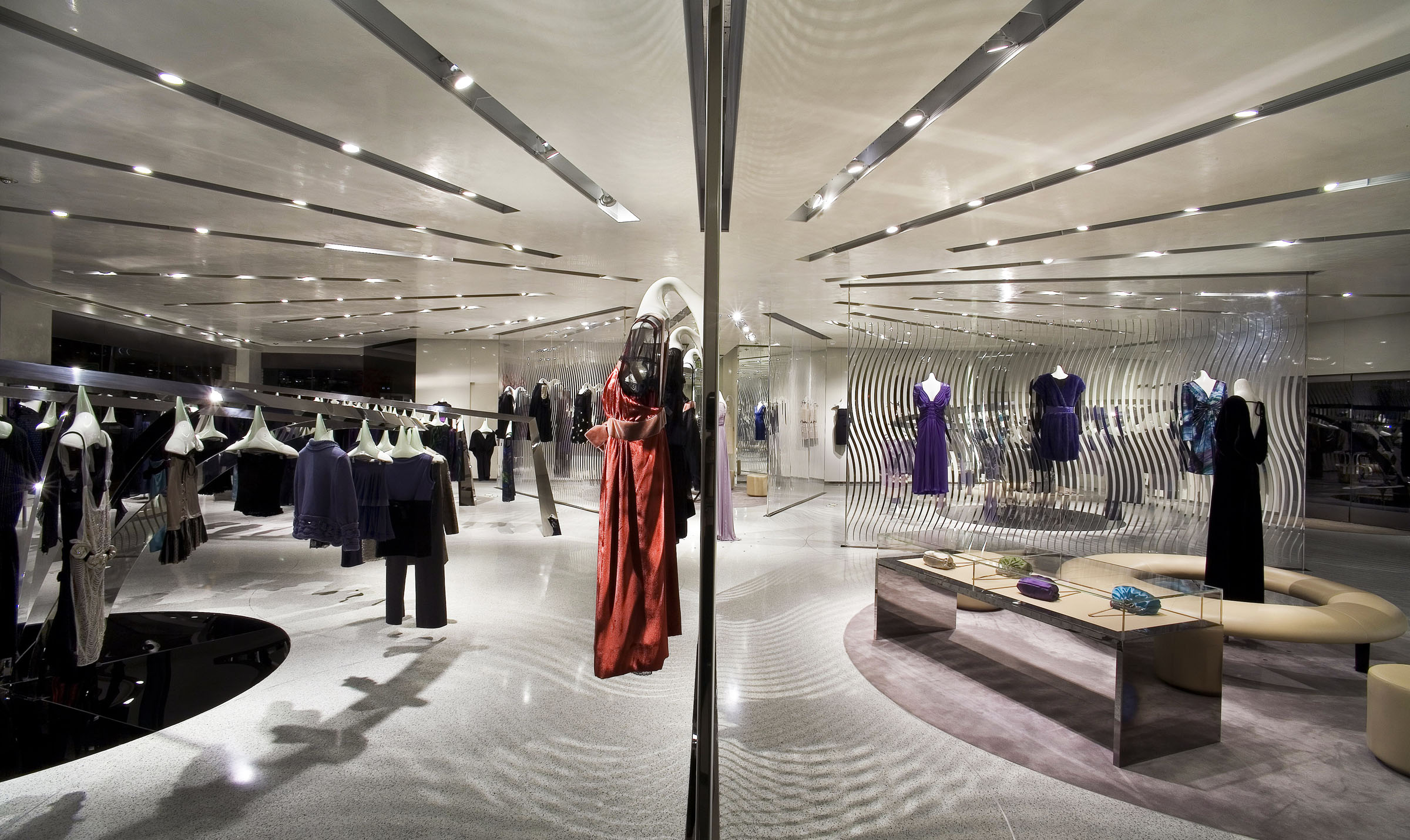 alberta-Ferretti-Los-Angeles-USA-luxury-unique-retail_01