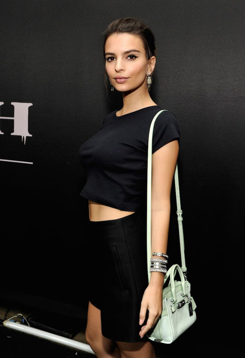 emily-ratajkowski-coach-rodeo-drive-store-cocktail-n-beverly-hills-december-2014_3
