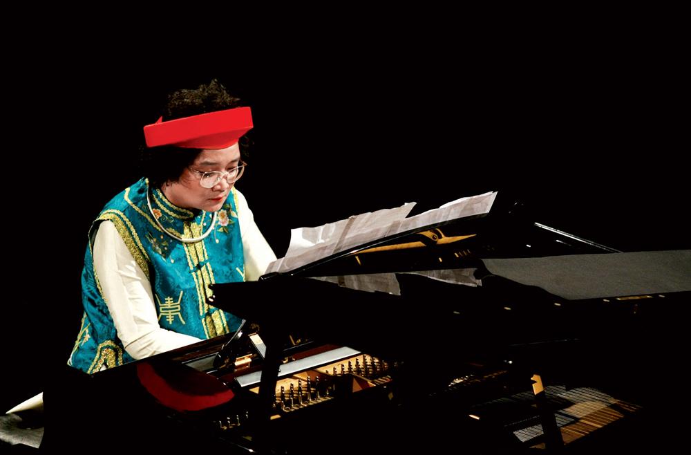 Kết hợp giữa nghệ thuật tuồng truyền thống và piano