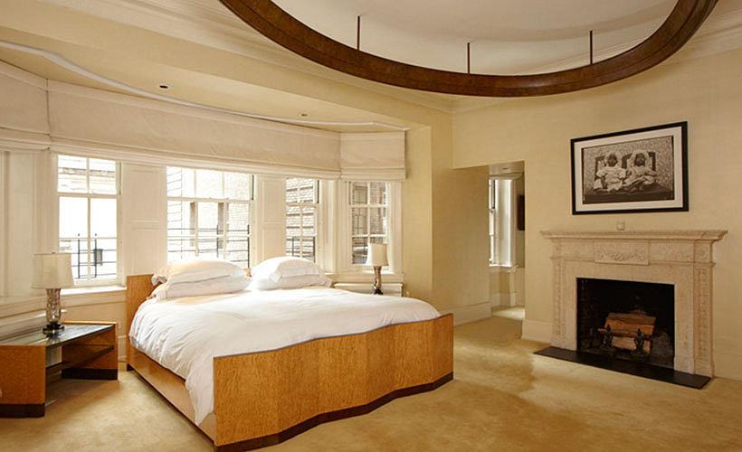 Madonna-celebrity-bedrooms