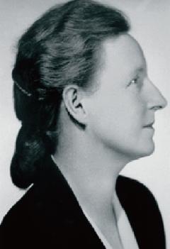 Nữ bác sỹ Danielle Roches