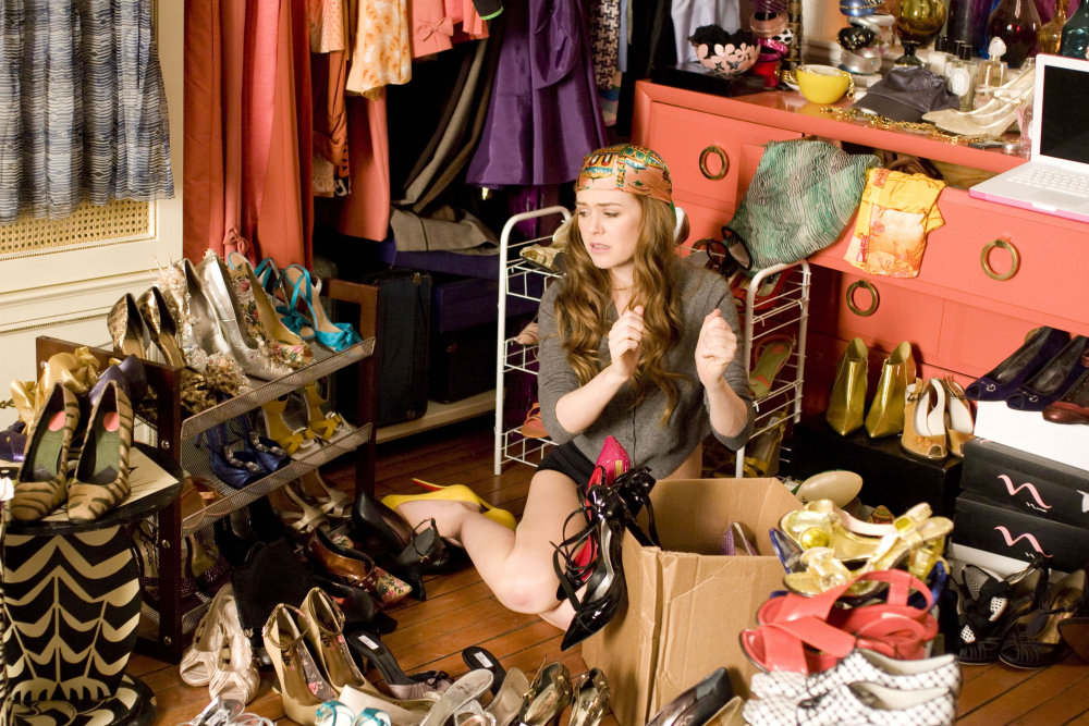 woman-in-her-closet