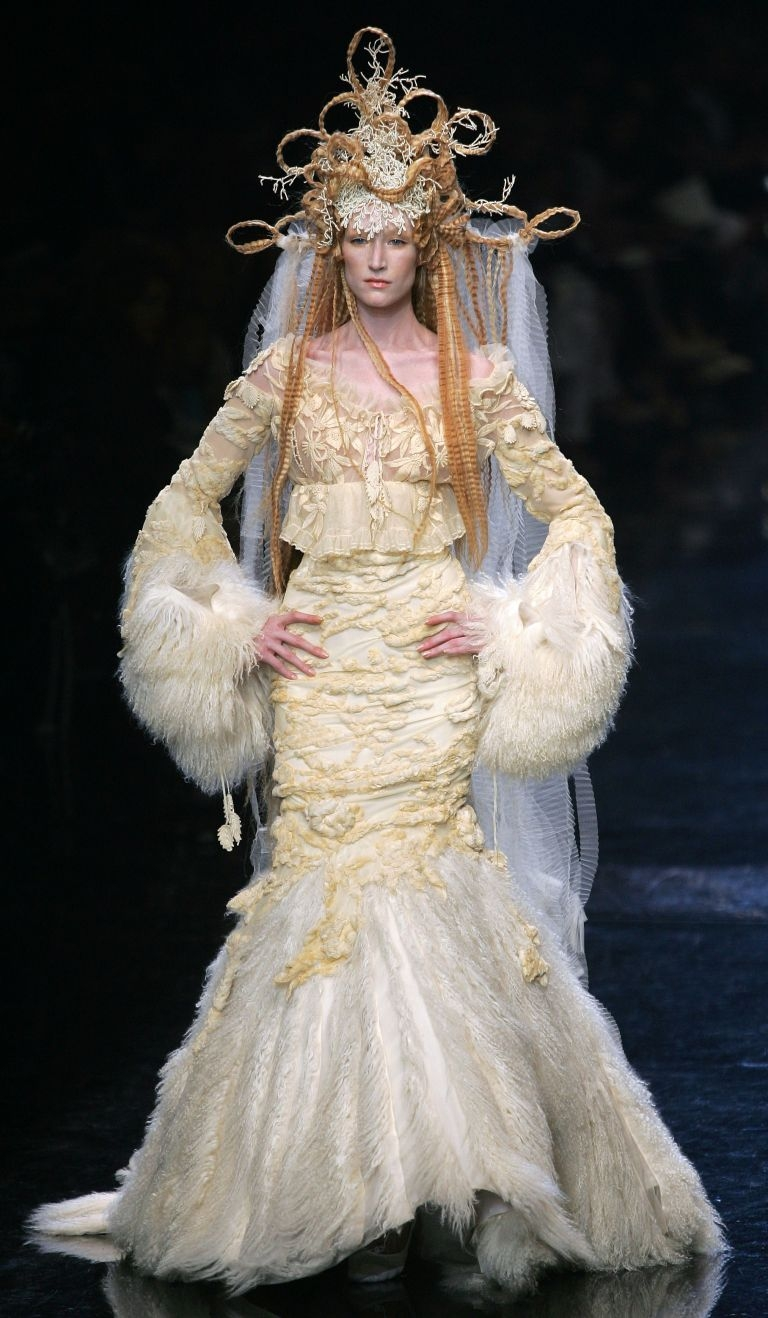 COUTURE-WEDDING-GOWN-4