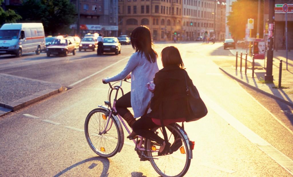 """""""Nếu không đạp xe, bạn sẽ không thể thấy hết Berlin muôn mặt"""""""