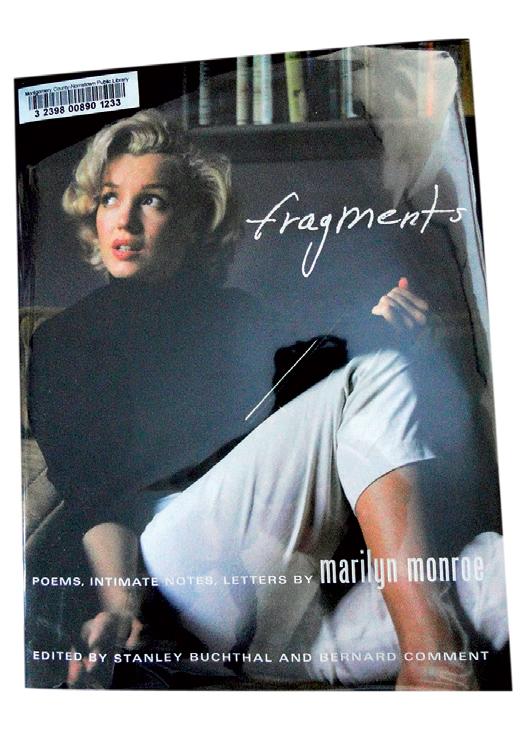 Fragments gồm các bản viết tay hoặc đánh máy những đoạn văn, tùy bút và thơ do Marilyn viết từ lúc trưởng thành đến những ngày cuối đời (mùa hè năm 1962). Bên cạnh đó còn có các bức thư, bản ghi chú với hơn 30 tấm ảnh, trong đó có nhiều tấm chưa được phổ biến. Mua sách trên www.amazon.com hoặc ebay.com