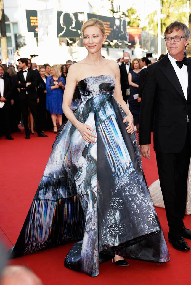 CATE-BLANCHETT-CANNES2015-DRESSED-4