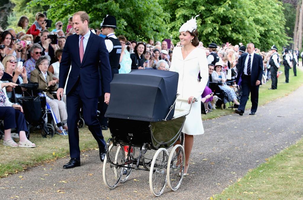 Kate-Princess-Charlotte-christening-8