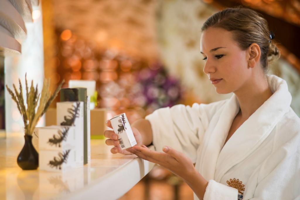The Spa sử dụng các sản phẩm spa hữu cơ của thương hiệu cao cấp ila và Voya đến từ Anh và Ireland.