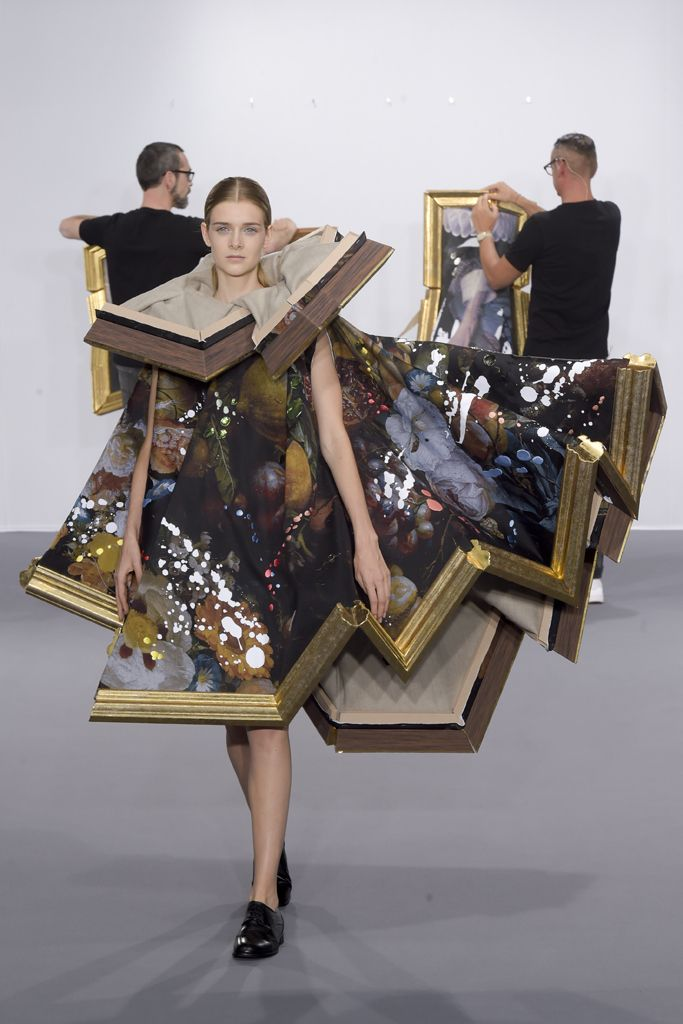 viktor-rolf-COUTURE-FALL2015-14