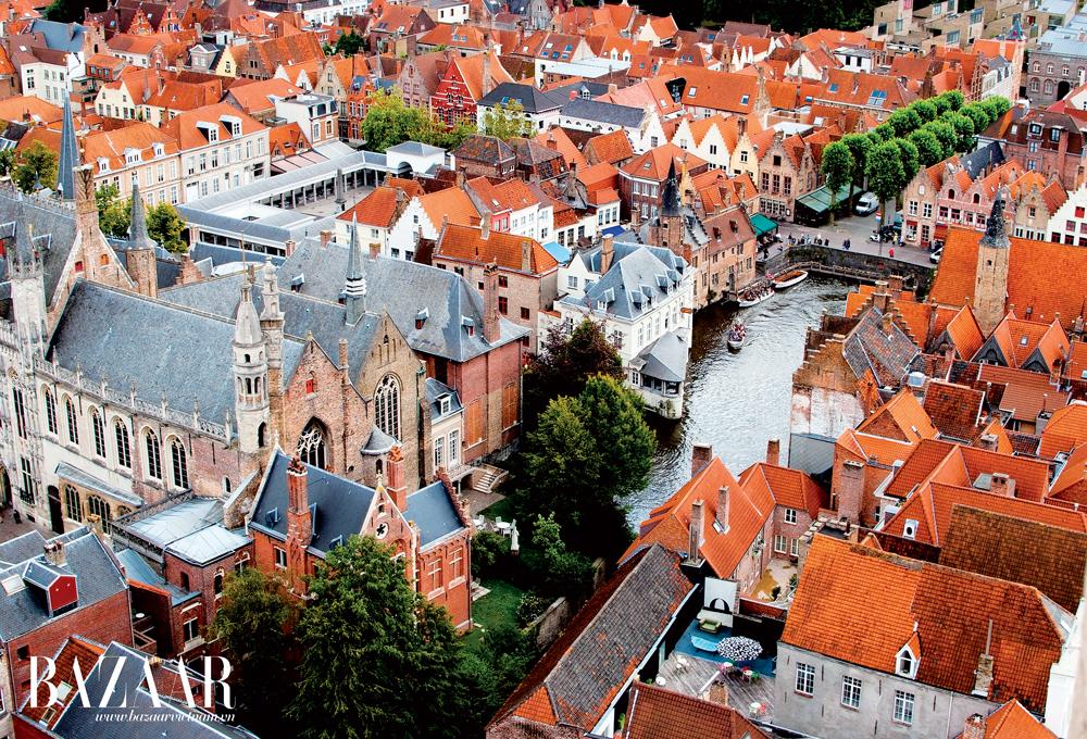 Bruges hấp dẫn du khách do những công trình kiến trúc vẫn giữ nguyên được phong cách châu Âu cổ kính