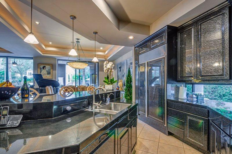 ElizabethTaylor-house-for-rent-5