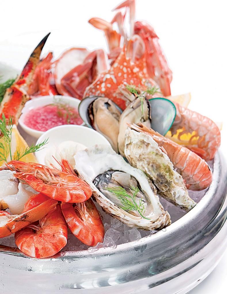 Plateau de Fruits de mer, hải sản tươi phục vụ theo kiểu Pháp