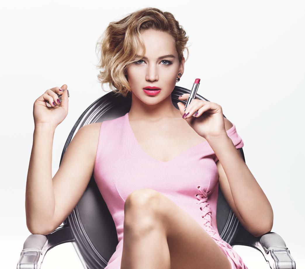 Jennifer Lawrence là gương mặt đại diện của dòng son môi Dior Addict phiên bản 2015