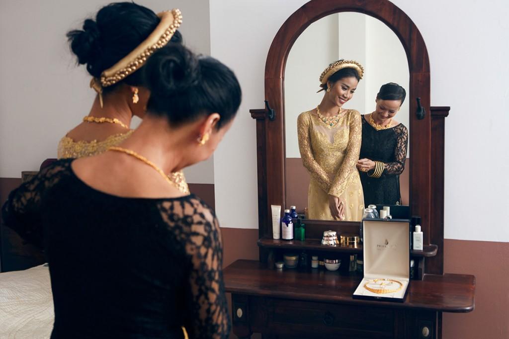 Trang sức vàng với thiết kế tinh xảo, lấy ý tưởng từ vẻ đẹp bất tận của thiên nhiên dự đoán sẽ lên ngôi trong đám cưới dịp cuối năm nay.