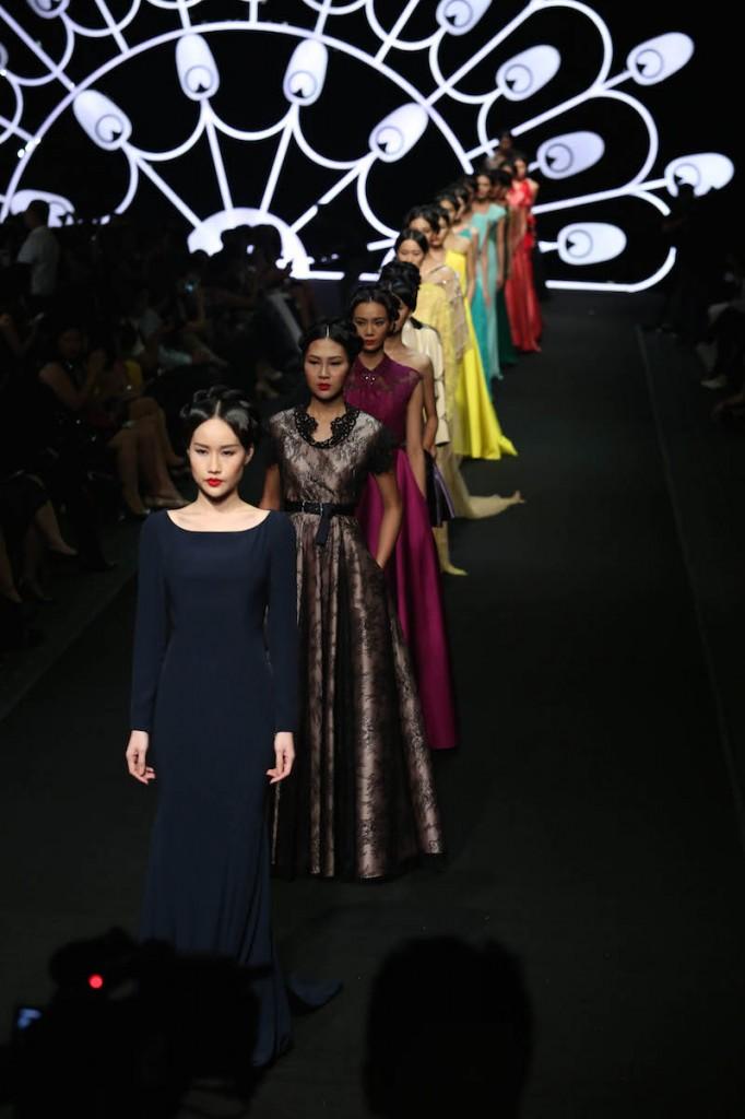alexis-mabille-vietnam-2431