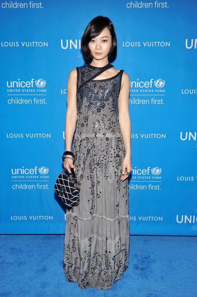 Nữ diễn viên Hàn Quốc Bae Doona là gương mặt quảng cáo trong chiến dịch Xuân Hè 2016 của Louis Vuitton