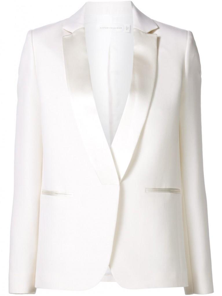 Áo blazer trắng của Victoria Beckham