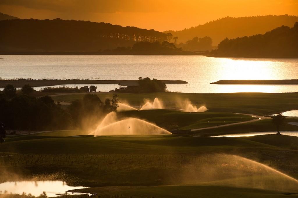 Sân Golf với cơ sở hạ tầng chuẩn quốc tế