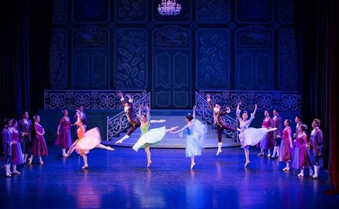 Ballet-Cinderella