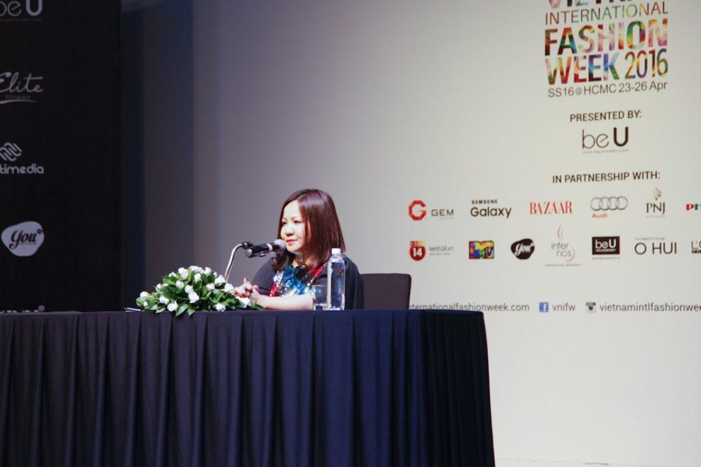 Doanh nhân Trang Lê trong buổi họp báo Vietnam International Fashion Week 2016