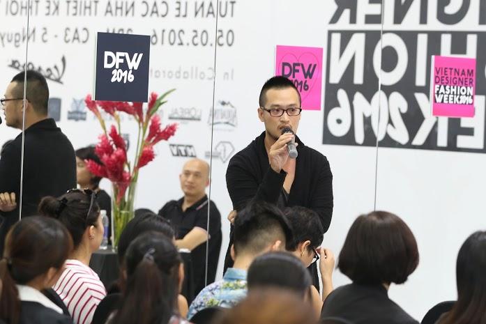 Đại diên thương hiệu Hà Linh Thư chia sẻ những thông tin về bst mới của hãng