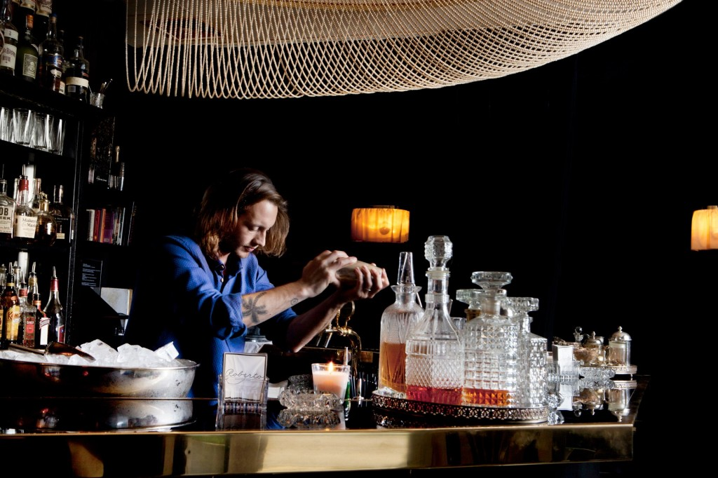 Cơ hội để được thưởng thức những lọai rượu hảo hạng cùng với những bartender hàng đầu và các nghệ sĩ nổi tiếng