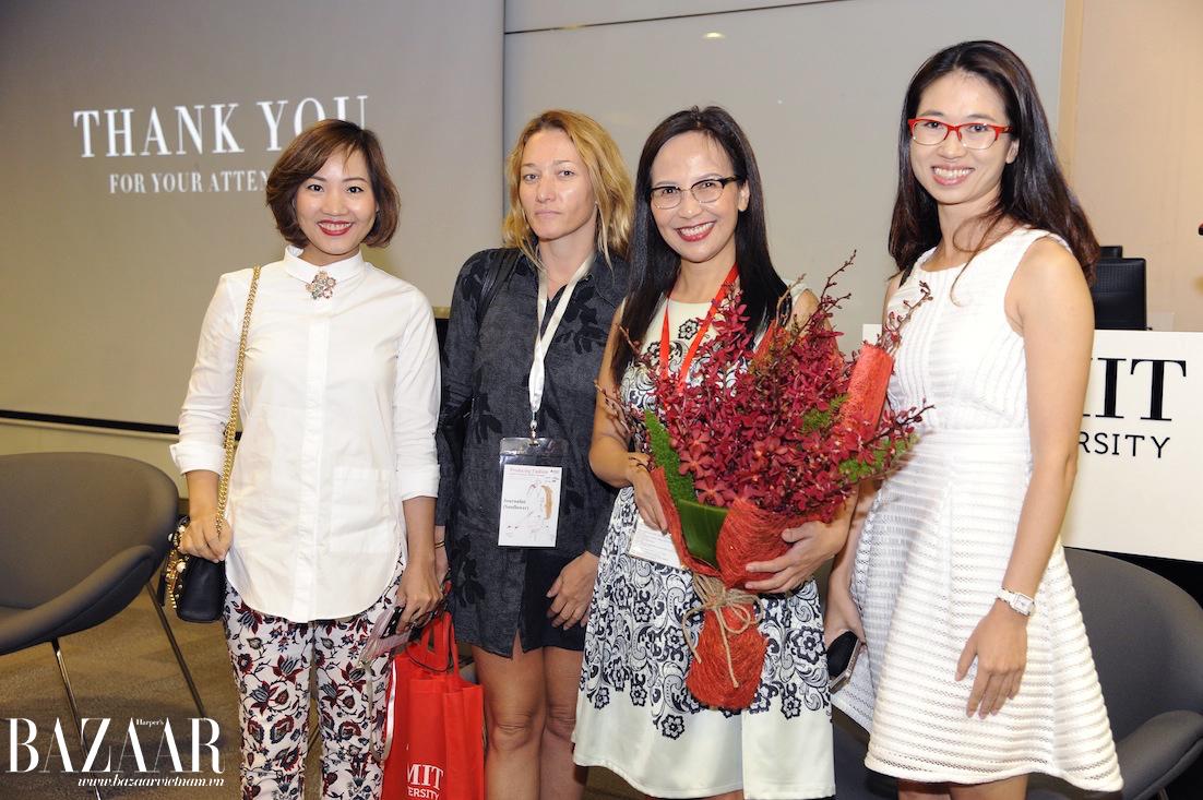Chị Thiên Hương và đội ngũ Bazaar sau khi thuyết trình