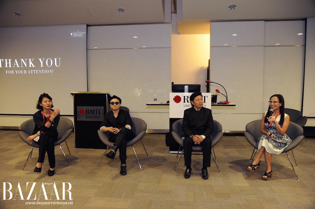 NTK Li Lam, Đỗ Mạnh Cường và Sĩ Hoàng tham gia vào buổi thảo luận sôi nổi về lịch sử thời trang Việt Nam cũng như chia sẻ chân lý nghề thiết kế của họ