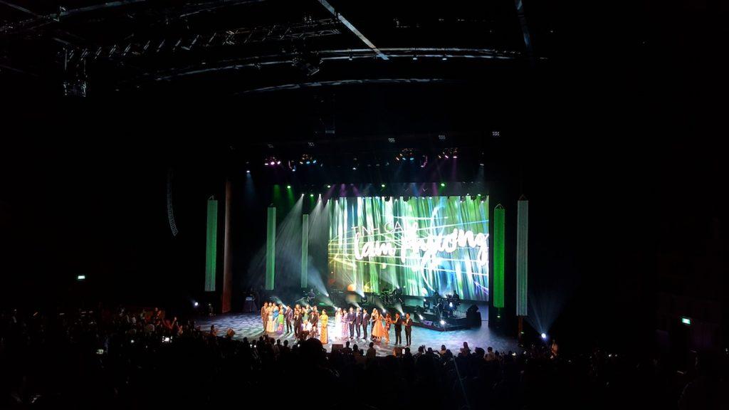 Tất cả các nghệ sỹ cùng hát ca khúc Phút Cuối để chúc mừng sinh nhật người nhạc sỹ tài hoa