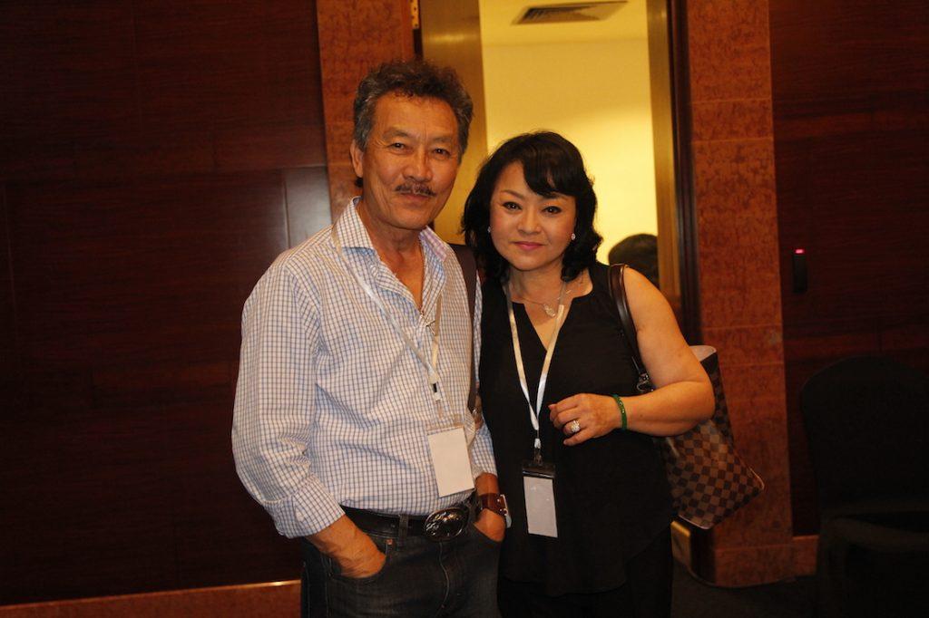 Vợ chồng ca sỹ Hương Lan