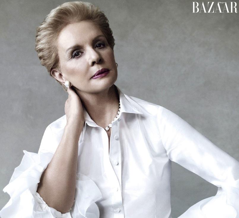 NTK Carolina Herrera trong thiết kế áo sơ mi trắng quen thuộc