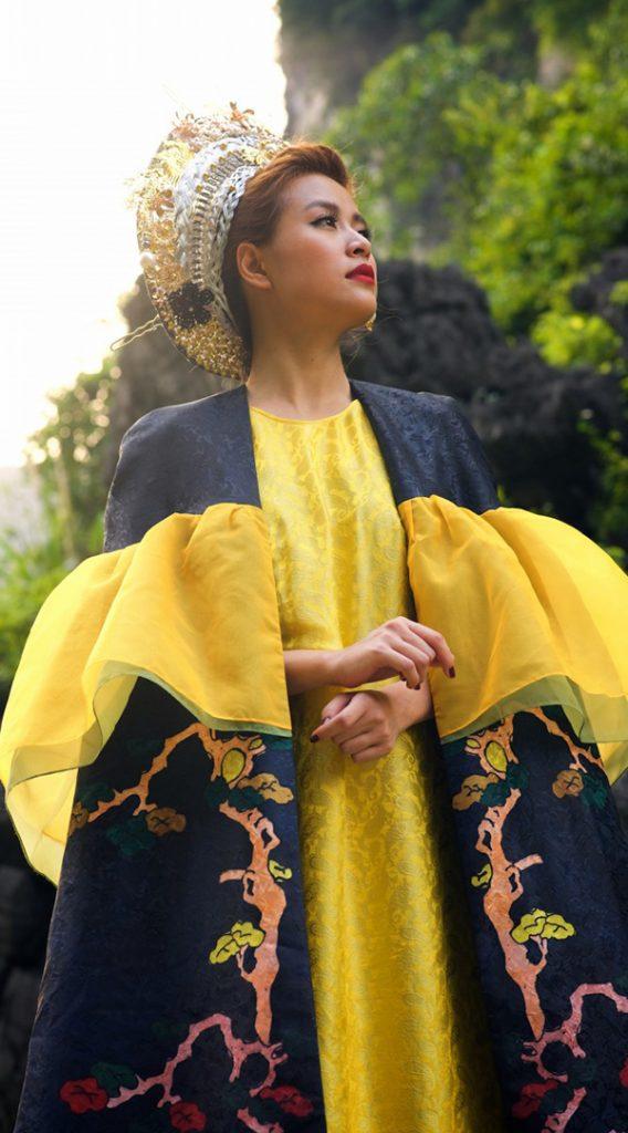 Nhắc đến trang phục mang nét đẹp Á Đông không thể không nhắc đến NTK Thủy Nguyễn