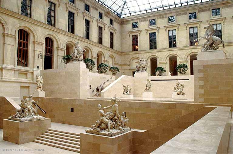 louvre-cour-marly