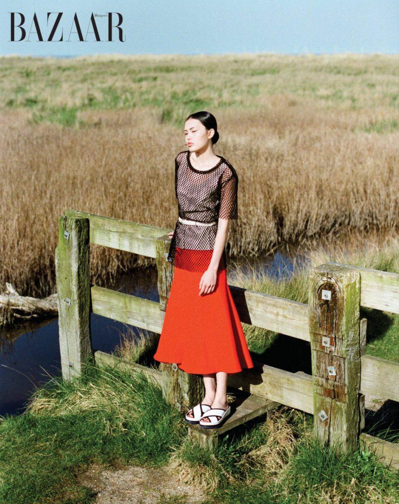 Áo da, Boss Áo lưới, Dolce & Gabbana Váy đỏ, Bally Thắt lưng, Charles & Keith Giày, Boss