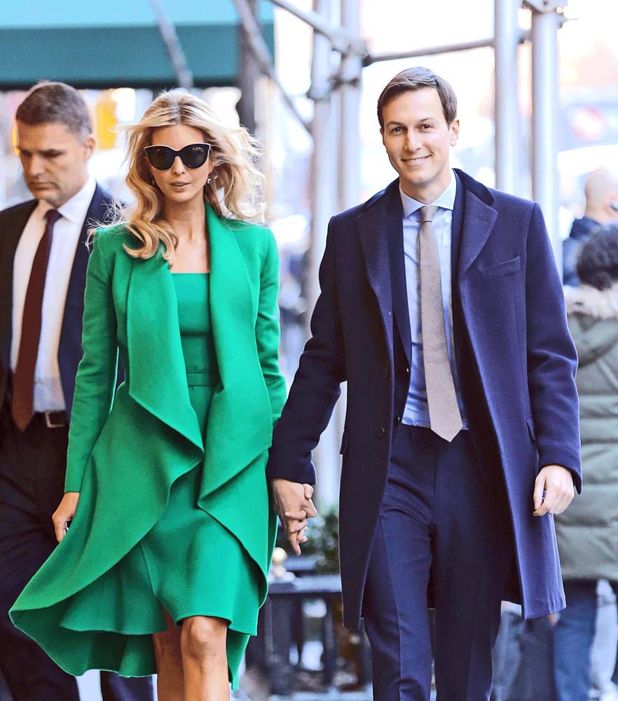 Sóng đôi cùng chồng trong bộ đầm và áo khoác của Oscar de la Renta