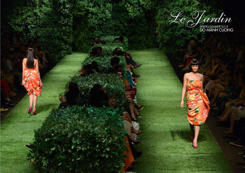 Sàn diễn đầy chất thơ Le Jardin