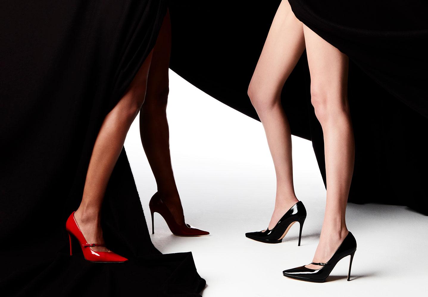 Làm sao để bớt cảm giác đau chân khi mang giày cao gót?