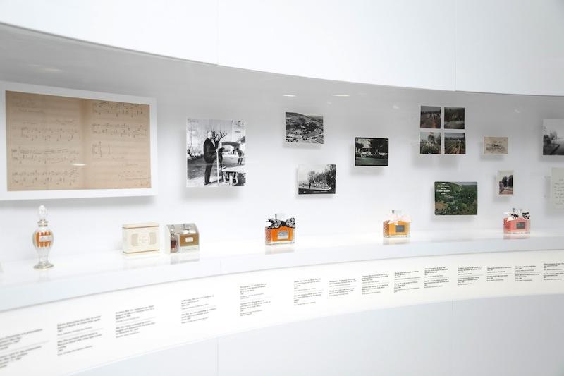 170706-dior-70th-anniversary-exhibition-22