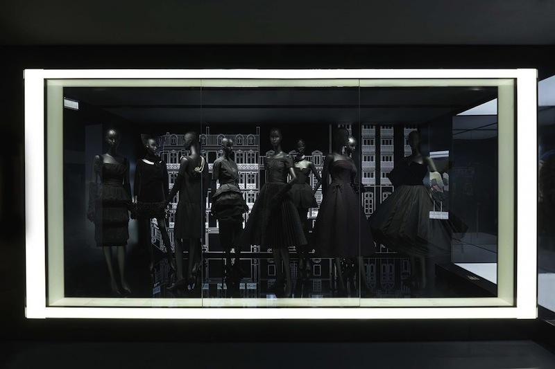 170706-dior-70th-anniversary-exhibition-4