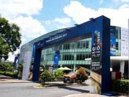 Khai mac Vietnam Motor Show 2017 hinh anh