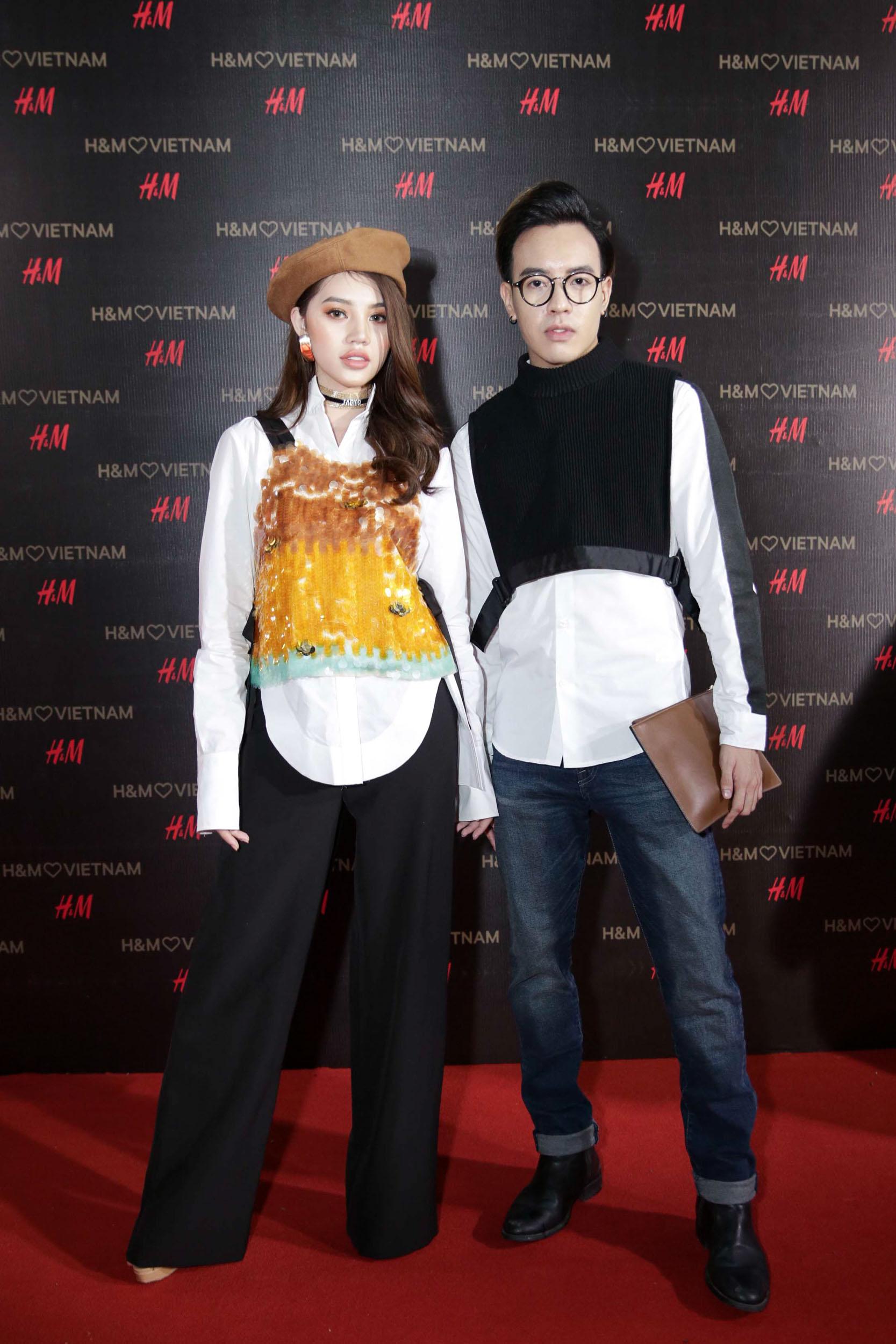 Hoa hậu Jolie Nguyễn và stylist Mạch Huy.