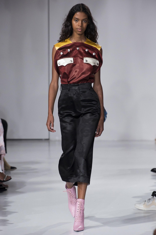 Calvin Klein Xuân Hè 2018: Cơn ác mộng ngọt ngào 3