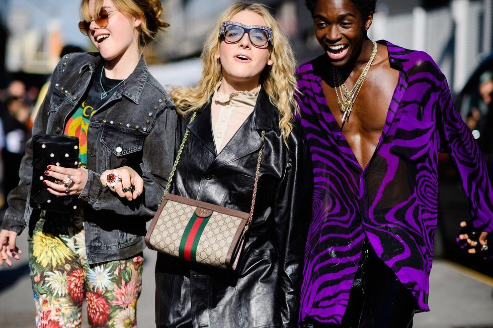 Odessa Young, Hari Nef và Alton Mason, với toàn bộ phục trang đến từ nhà Gucci.