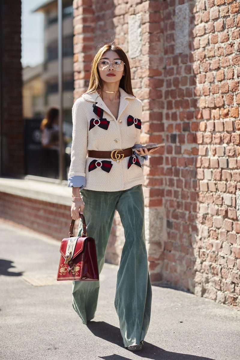 Thắt lưng Gucci cũng là một trong những món phụ kiện được ưa chuộng nhất mùa mốt năm nay.